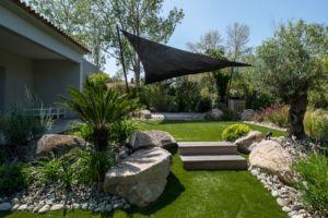 plan d'agencement extérieur avec terrasse